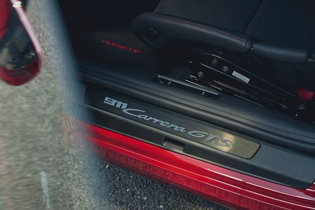 Can canh Porsche 911 GTS 2022 khoang 3,2 ty dong-Hinh-8