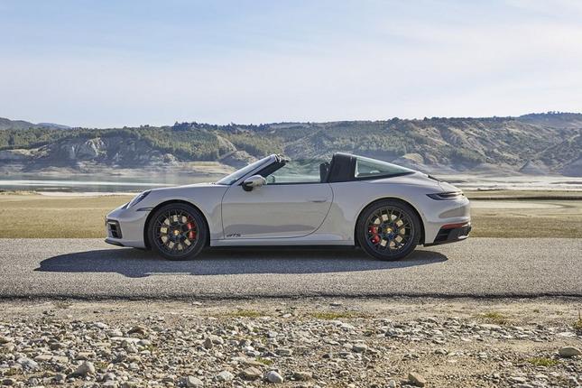 Can canh Porsche 911 GTS 2022 khoang 3,2 ty dong-Hinh-9
