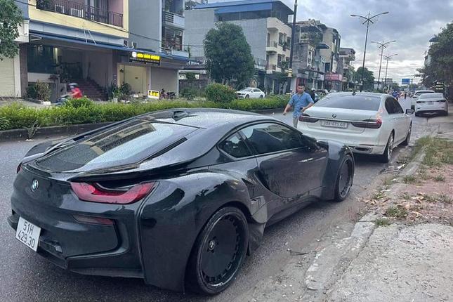Thai Nguyen don sieu xe BMW i8 dau tien,