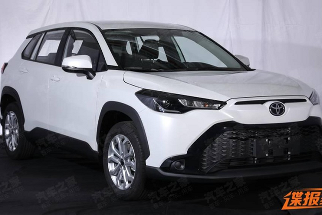Can canh Toyota Frontlander 2022 tai Trung Quoc giong het Cross-Hinh-8