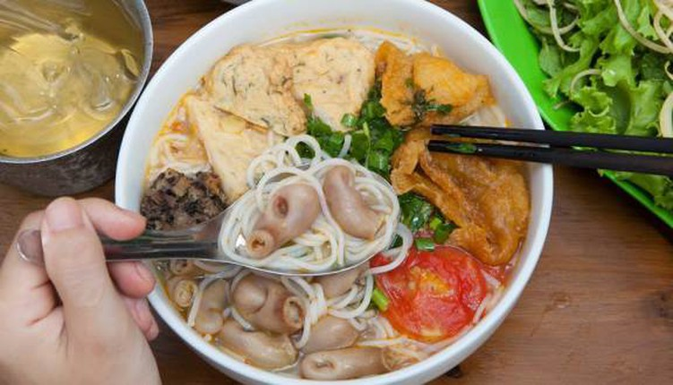 Cac mon an noi tang hap dan hut khach o Ha thanh-Hinh-6