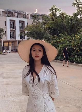 Ngắm nhan sắc và gu thời trang hút hồn của Khánh Vy, vợ
