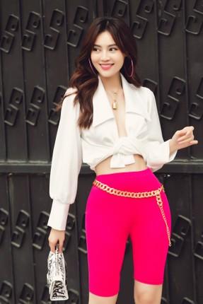 Dien vien Ninh Duong Lan Ngoc khoe vong eo con kien-Hinh-9