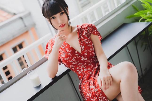 Hotgirl Huu Huu mac dien trang phuc nu sinh ngan cun con-Hinh-14