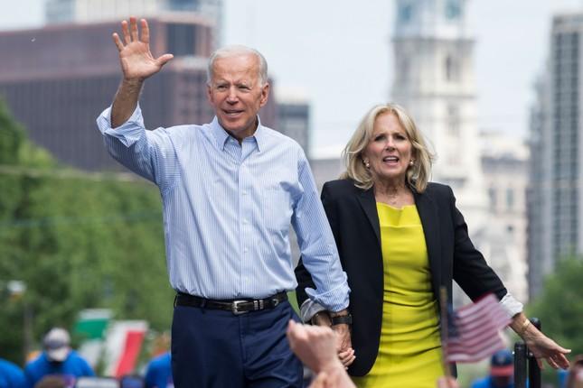 Chuyen tinh noi tieng cua ong Joe Biden va phu nhan-Hinh-9
