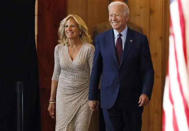 Chuyen tinh noi tieng cua ong Joe Biden va phu nhan