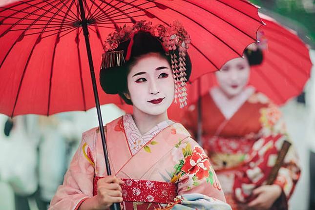 Bi mat ve qua trinh kho luyen cua Geisha Nhat Ban-Hinh-5