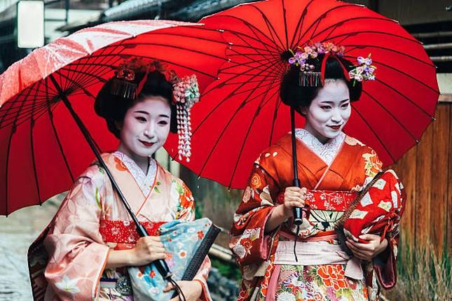 Bi mat ve qua trinh kho luyen cua Geisha Nhat Ban-Hinh-7