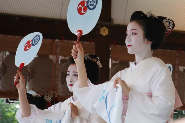 Bi mat ve qua trinh kho luyen cua Geisha Nhat Ban-Hinh-8