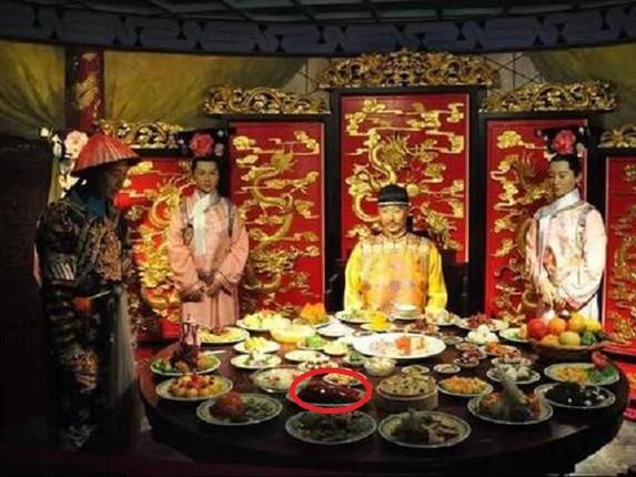 Su that ve chuyen tinh ai cua hoang de Khang Hy-Hinh-9