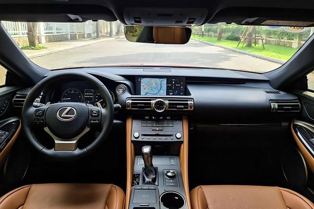 Xe sang Lexus RC 300 chay luot gia gan 3 ty dong-Hinh-7
