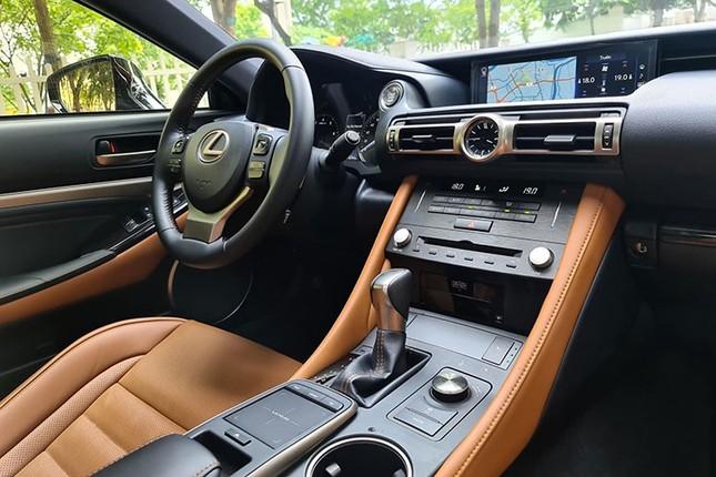 Xe sang Lexus RC 300 chay luot gia gan 3 ty dong-Hinh-9