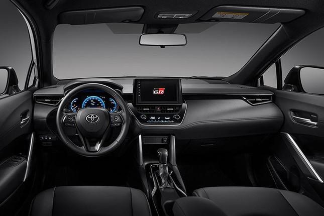 Can canh Toyota Corolla Cross GR Sport 2021 gia tu 719 trieu dong-Hinh-5
