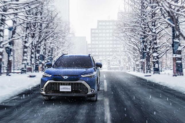 Can canh Toyota Corolla Cross 2021 gia re beo tai Nhat Ban-Hinh-11