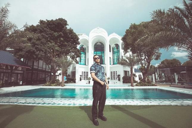 Biet thu nhu khu resort cua Vu Khac Tiep-Hinh-3
