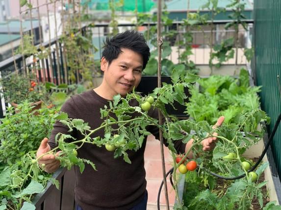 Xem vuon rau xanh muot tren san thuong nha ca si Trong Tan-Hinh-9
