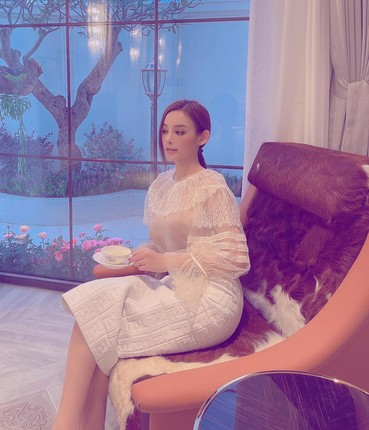 Hotgirl Viet dinh dam song trong cac can nha sang chanh nhu nao?-Hinh-7